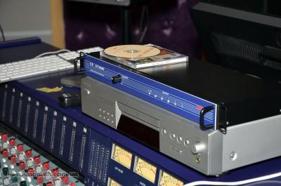 Коммутатор сигналов и CD проигрыватель