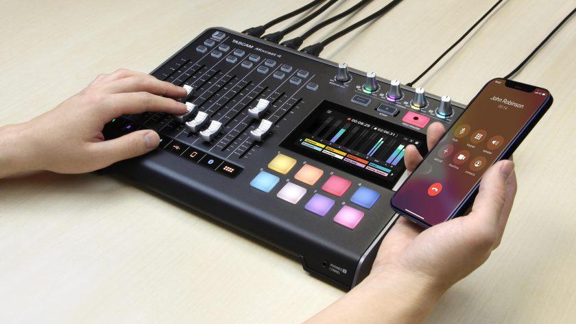 TASCAM Mixcast 4