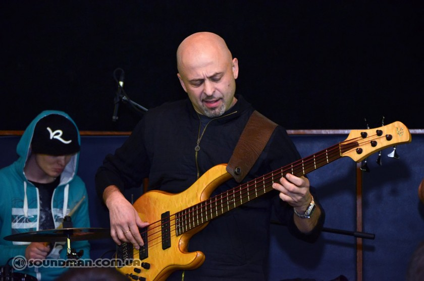Игорь Закус с бэндом