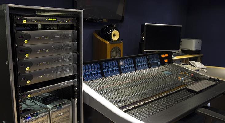 AVID в Abbey Road Studios